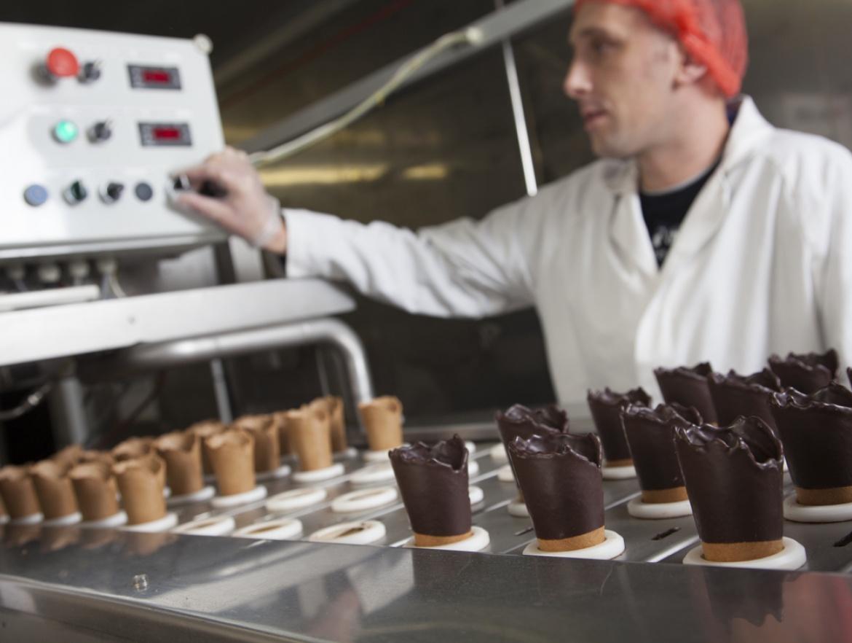 Antonelli factory dipped cones