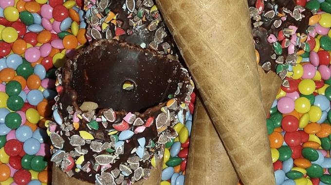 EM EM Cones with sweets